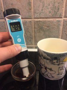 pH-mittaus, kahvi mustana
