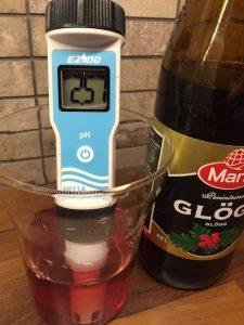 pH-mittaus, Marlin glögi (1 osa glögiä, 3 osaa vettä)